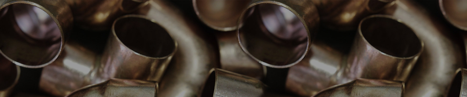 Фланцы, краны, отводы и другие детали трубопровода